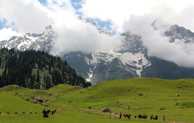 mountains-kashmir